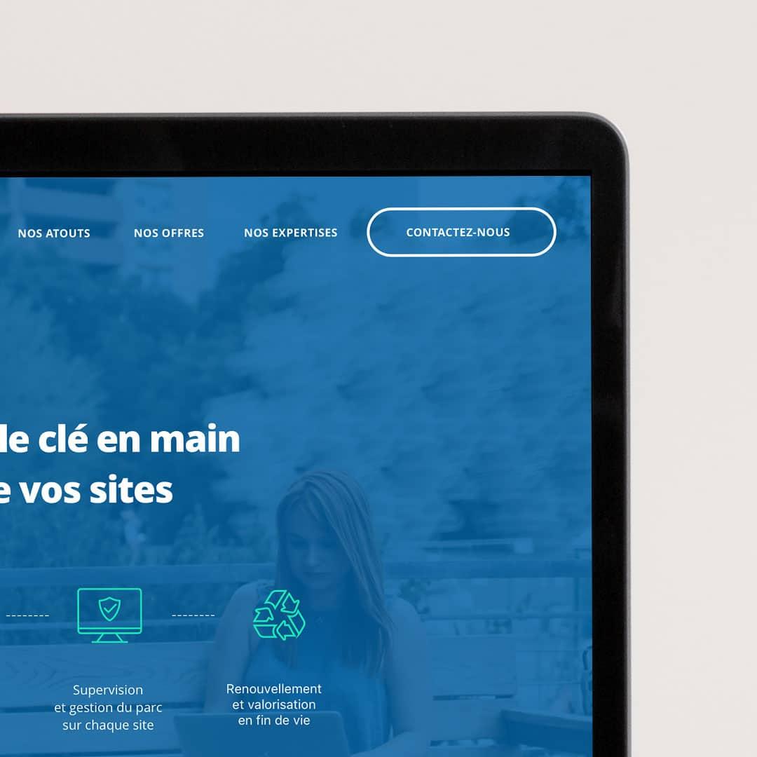 Interface d'accueil bleu et vert turquoise du site Aura