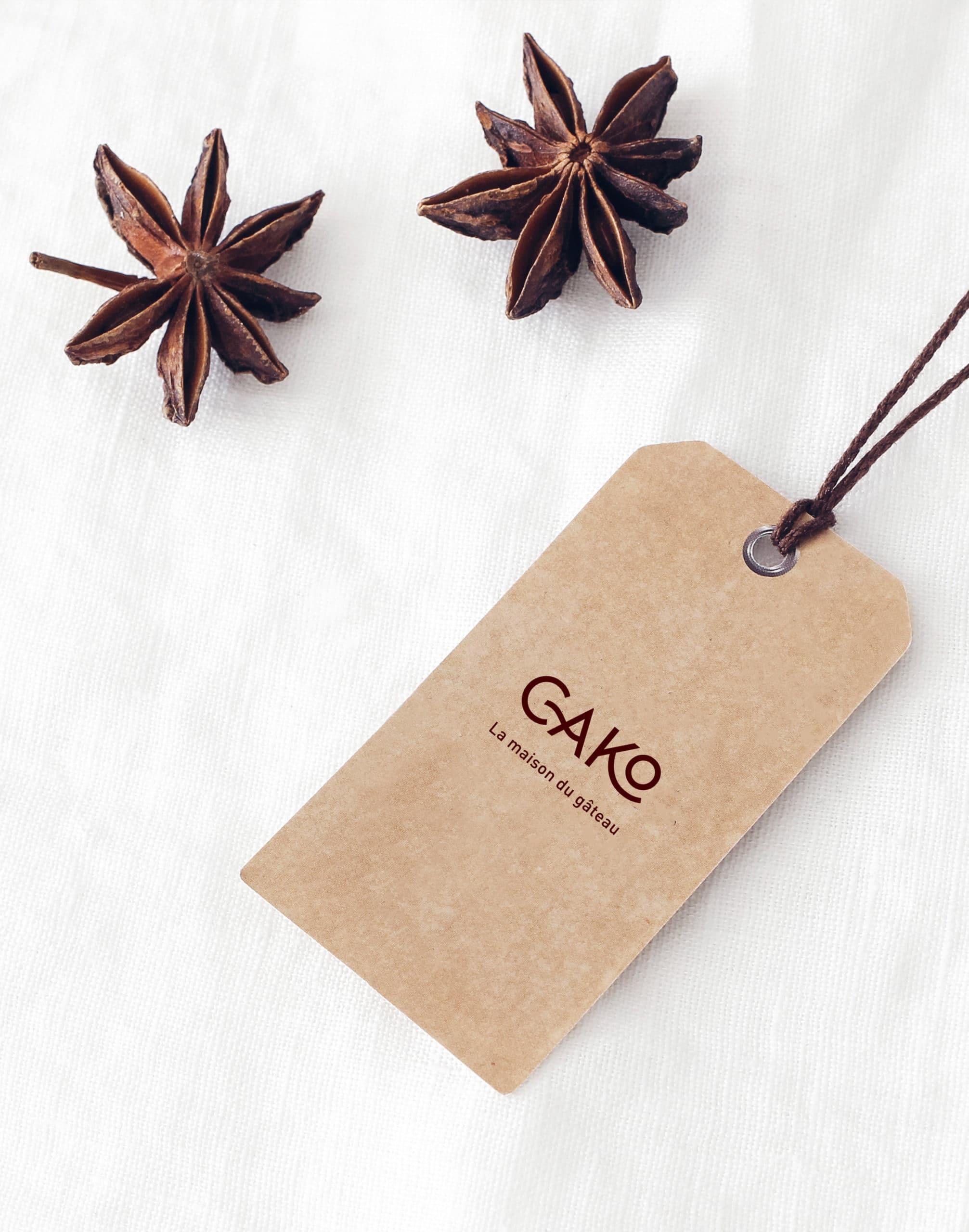 etiquette de la boutique cako, la maison du gateau