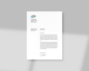 Papier A4 avec la mise en page associée réalisée pour la ville (logotype, en tête et disposition des textes courants)